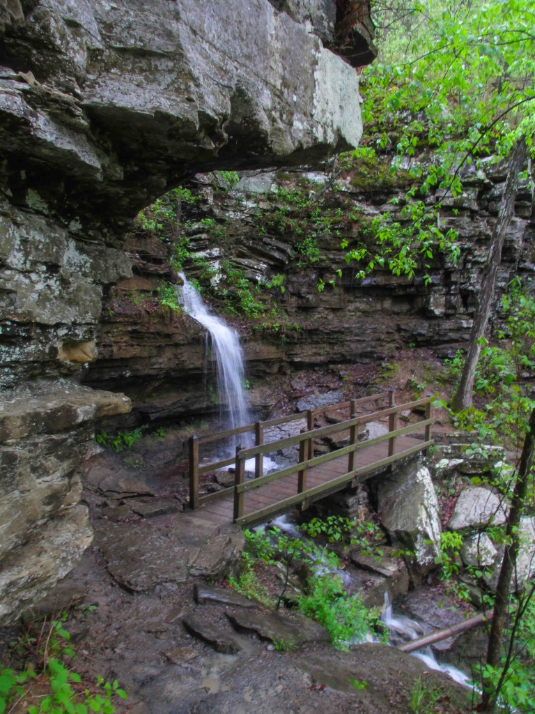 Five Star Trails: The Ozarks, Ozark Mountain waterfalls, Natural Dam, Devil's Den Twin Falls