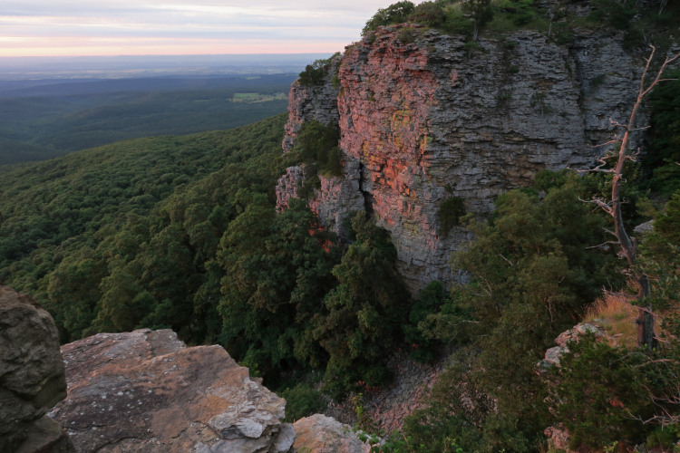 Mount Magazine, Five-Star Trails: The Ozarks, Jim Warnock, Hiker-dog, hiking in Arkansas